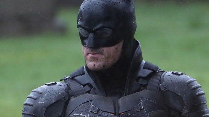 The Batman Set Photos Reveal Robert Pattinson Full Batsuit