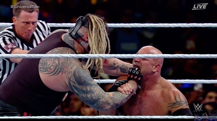 WWE-Goldberg-Tooth-Super-Showdown