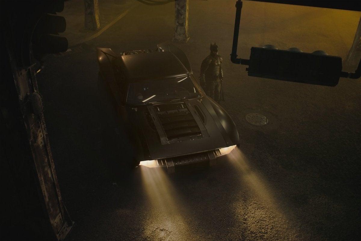 batman batmobile pattinson 2