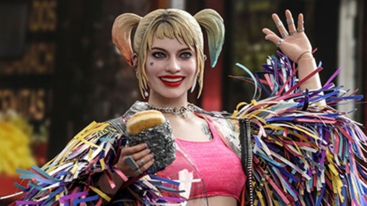 Birds Of Prey S Harley Quinn Is Armed And Dangerous In New Hot Toys Figure