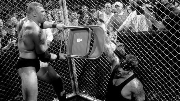Brock-Lesnar-Undertaker-Hell-in-a-cell
