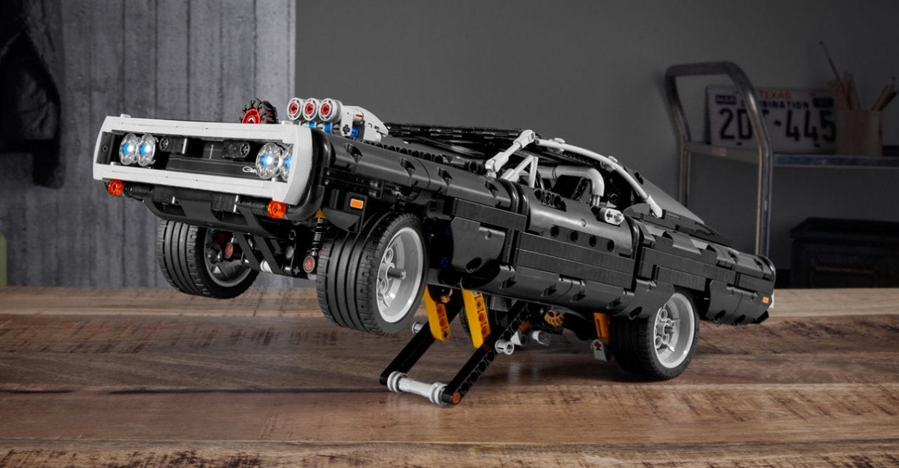 lego-fast-and-furious-dom-charger