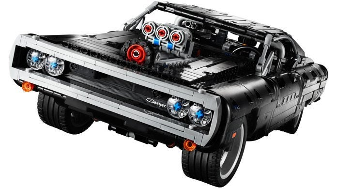 lego-fast-and-furious-dom-charger-top