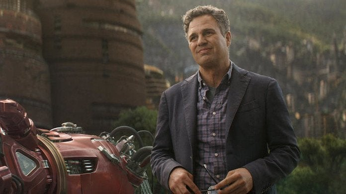 marvel-hulk-mark-ruffalo-smoked-joint-on-stage-prank-avengers