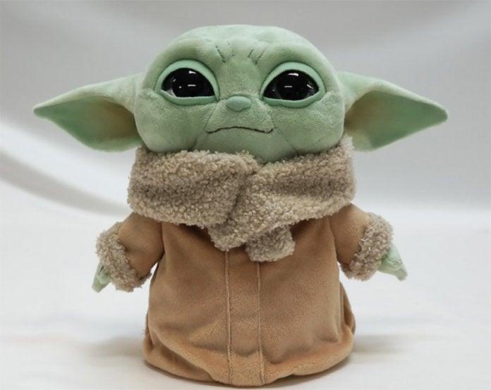mattel-baby-yoda-basic-plush