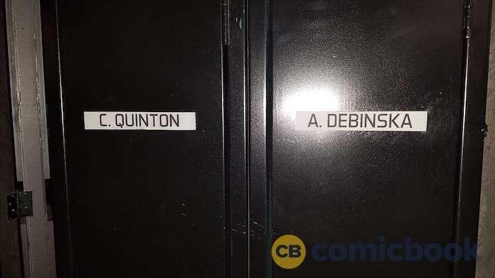 supergirl-deo-lockers-2