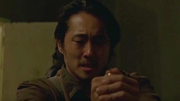 The Walking Dead Glenn kills Savior