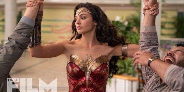 Wonder-Woman-1984-Mall-Battle