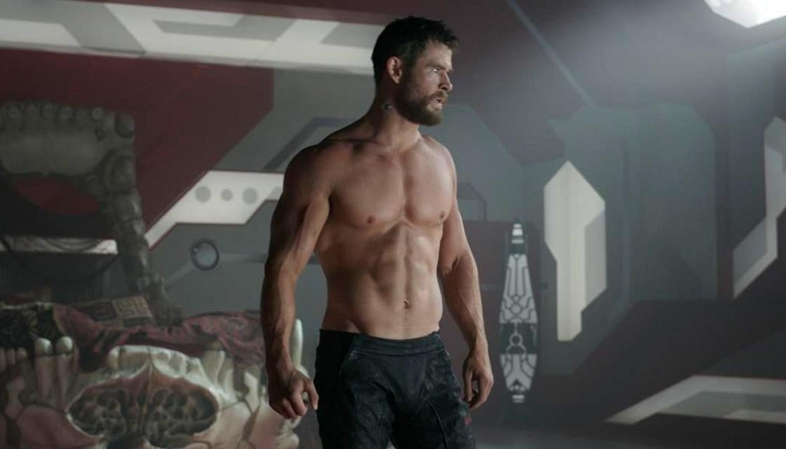 chris-hemsworth-Thor-body-shredded-muscle-workout