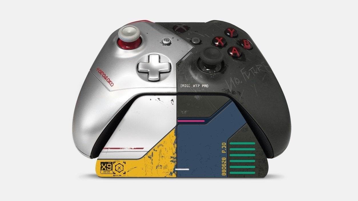 cyberpunk-2077-xbox-controller-and-stand