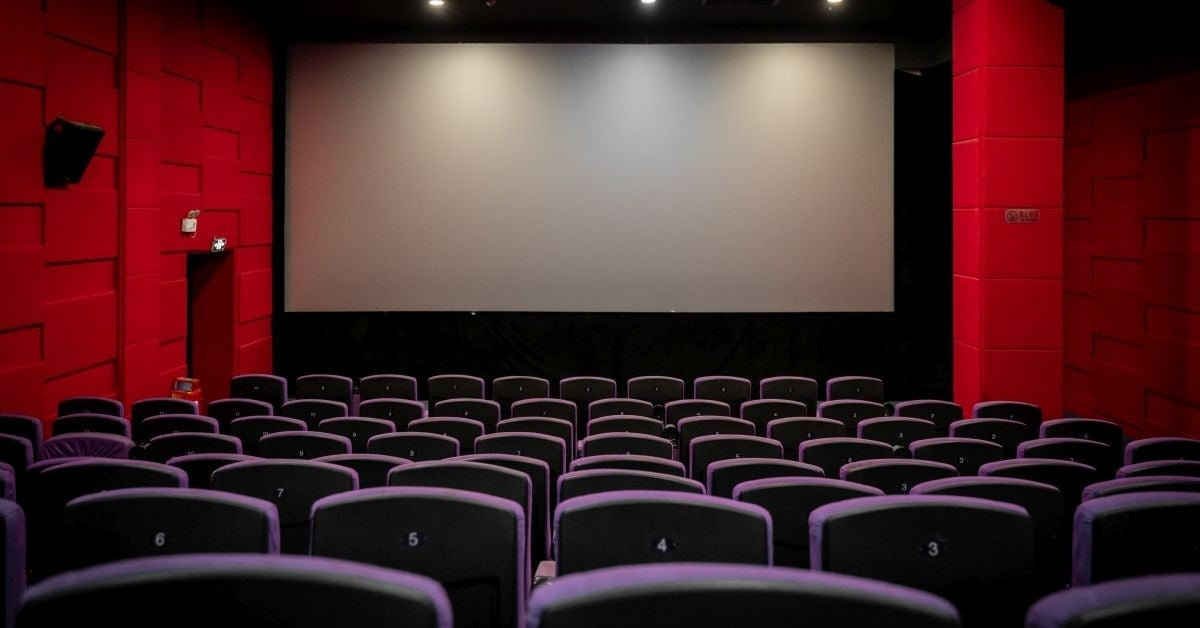 movie theaters re-open georgia