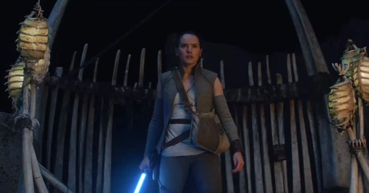 star-wars-the-last-jedi-director-reveals-why-he-cut-reys-third-lesson