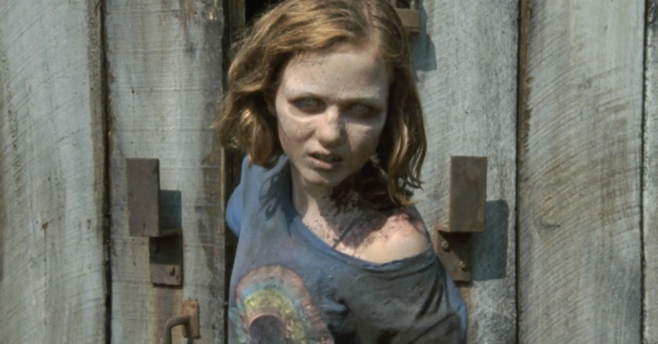 The Walking Deads Madison Lintz Didnt Expect Sophia to Die in Season 2