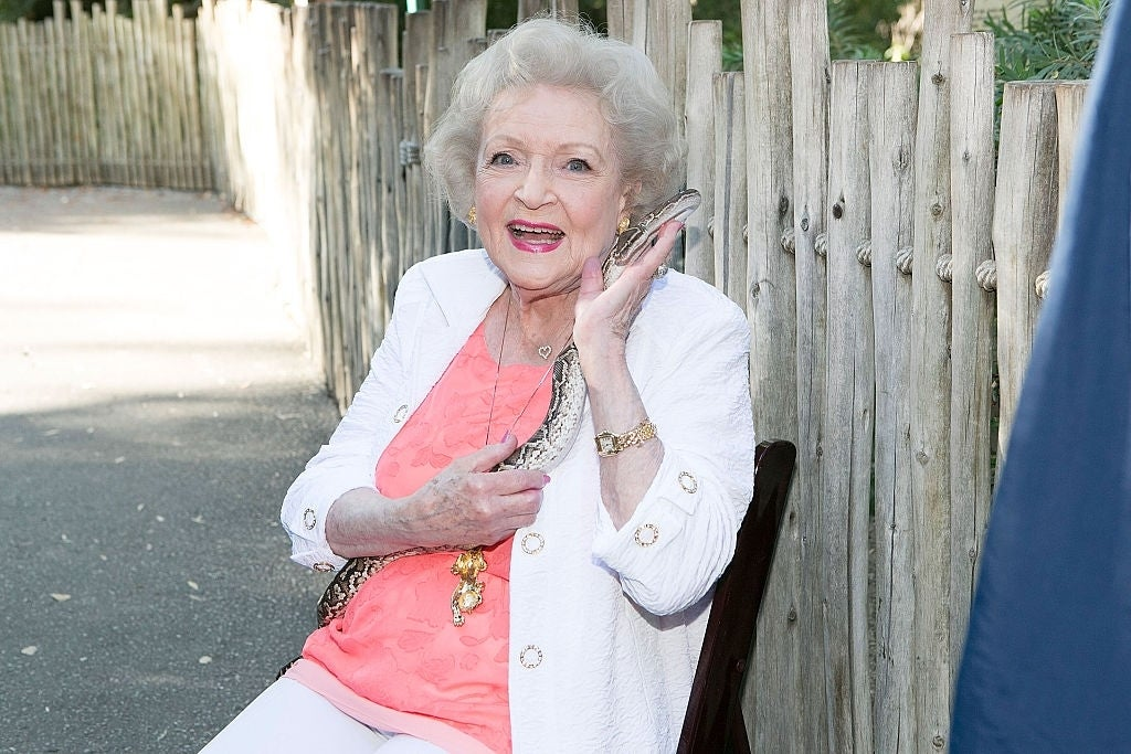 betty white coronavirus quarantine