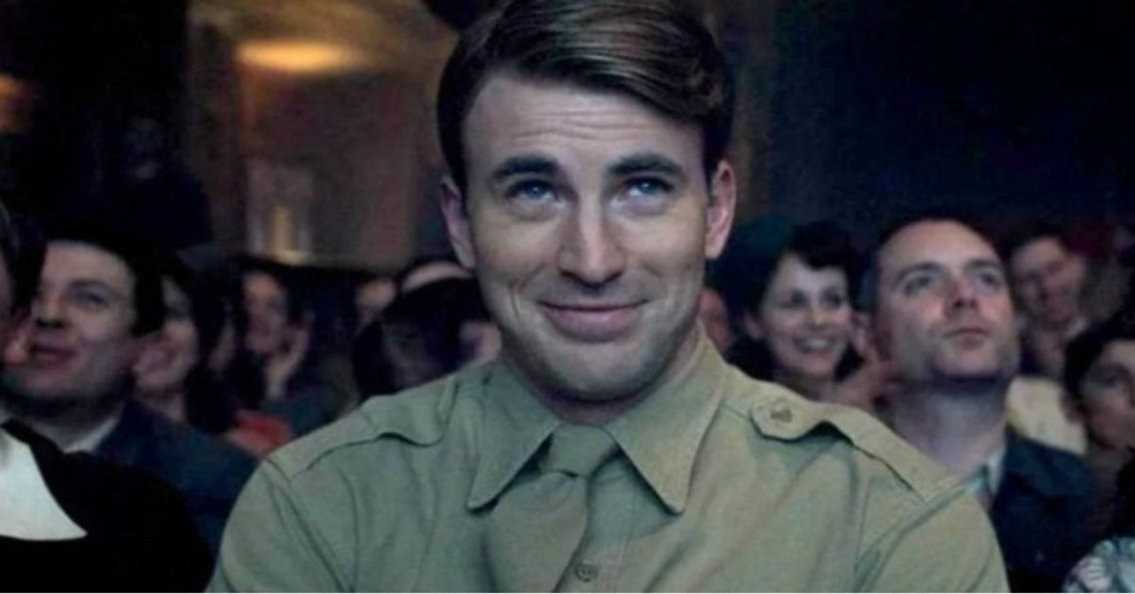 Chris Evans Likes to Dance Alone to '80s Music and Fans Can't Handle It