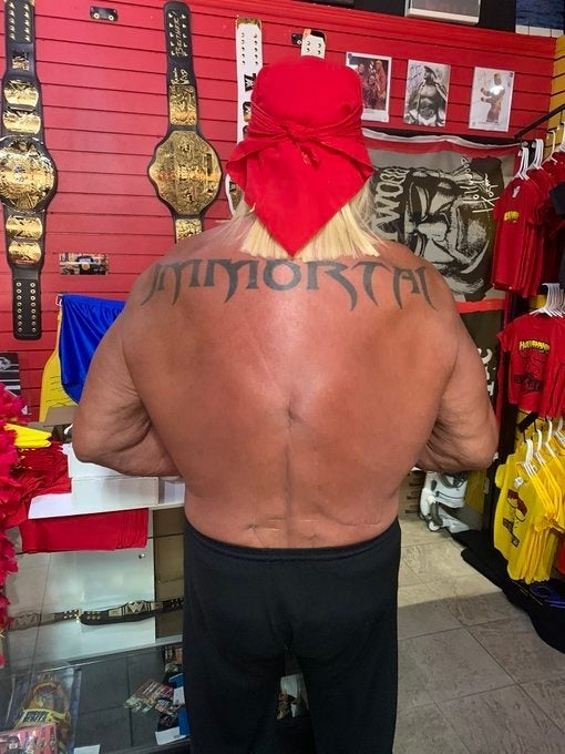Hulk-Hogan-Surgery-Back-Scars