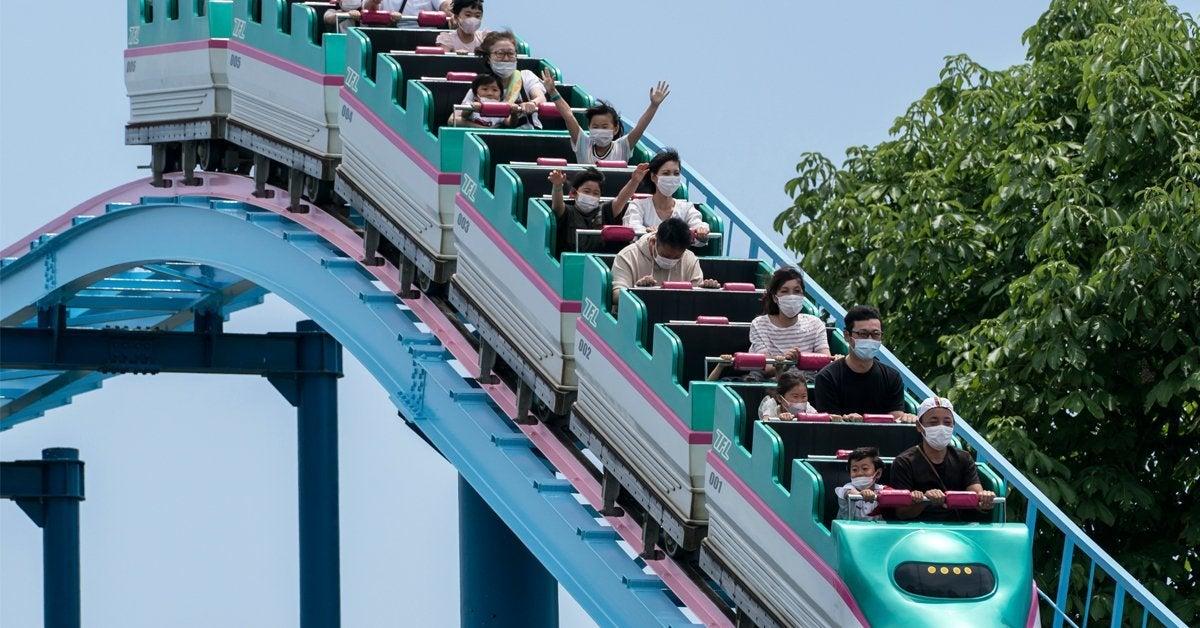 japan roller coaster coronavirus masks