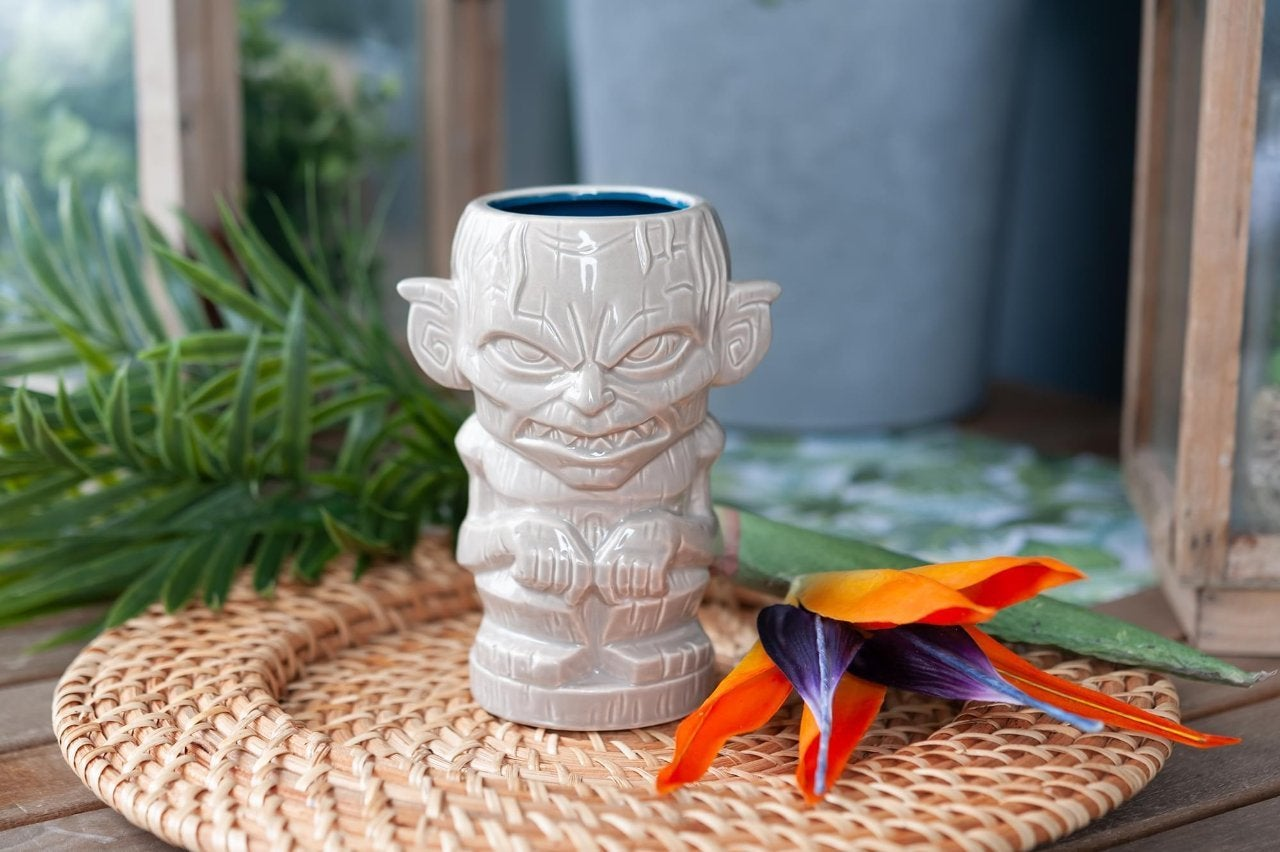 lord of the rings gollum tiki mug