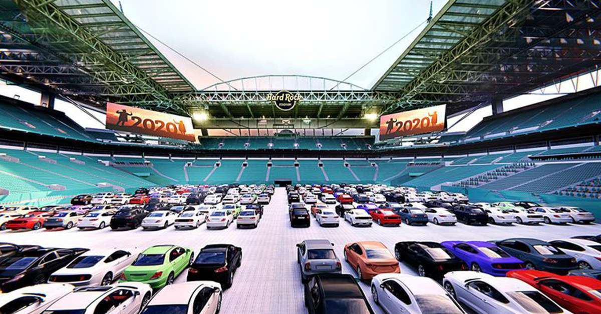 miami-dolphins-drive-in-theater