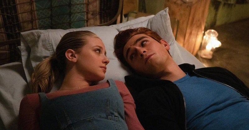 riverdale archie betty cheating
