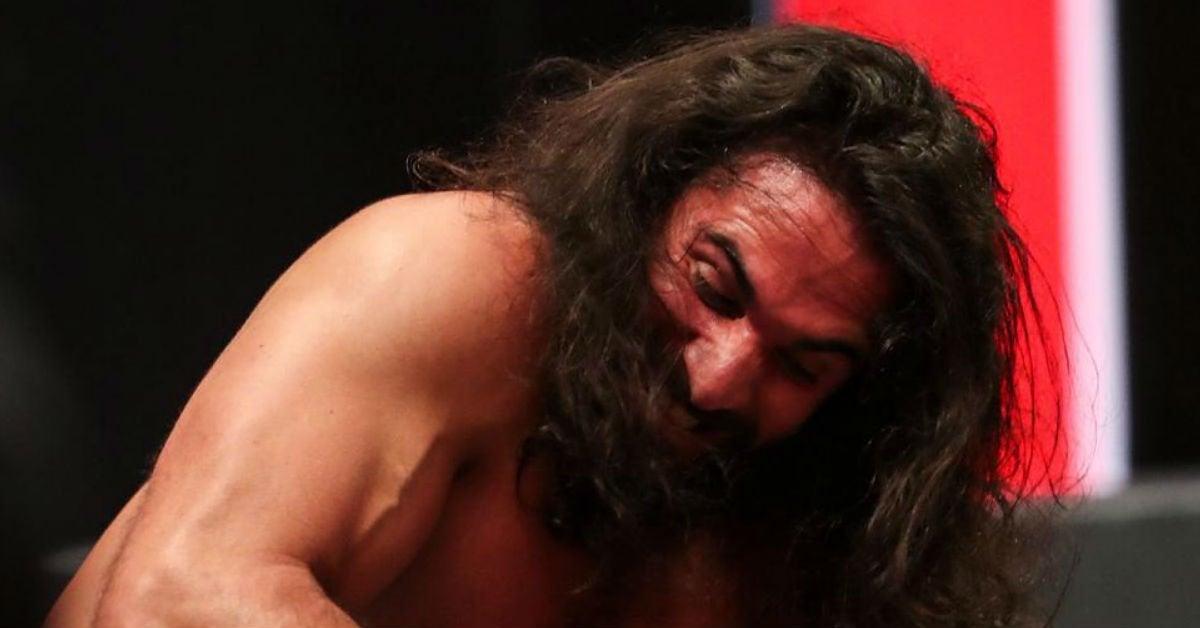 Seth-Rollins-WWE-snaps