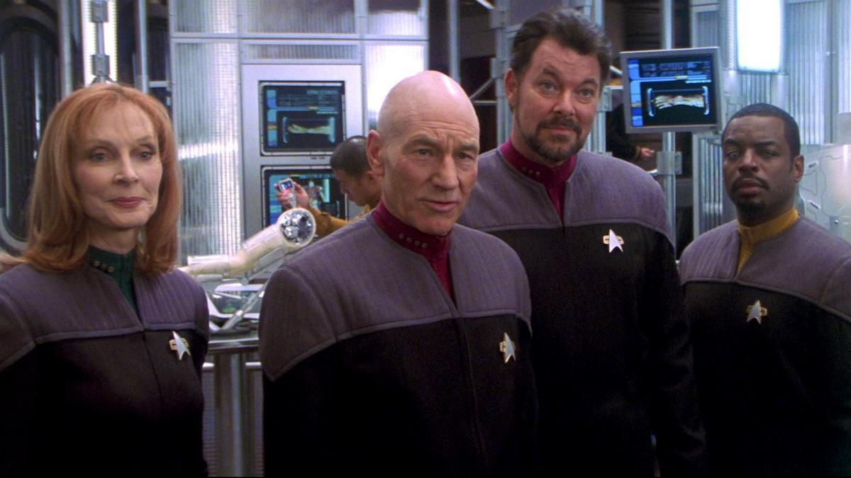 star-trek-movies-nemesis-jonathan-frakes-director