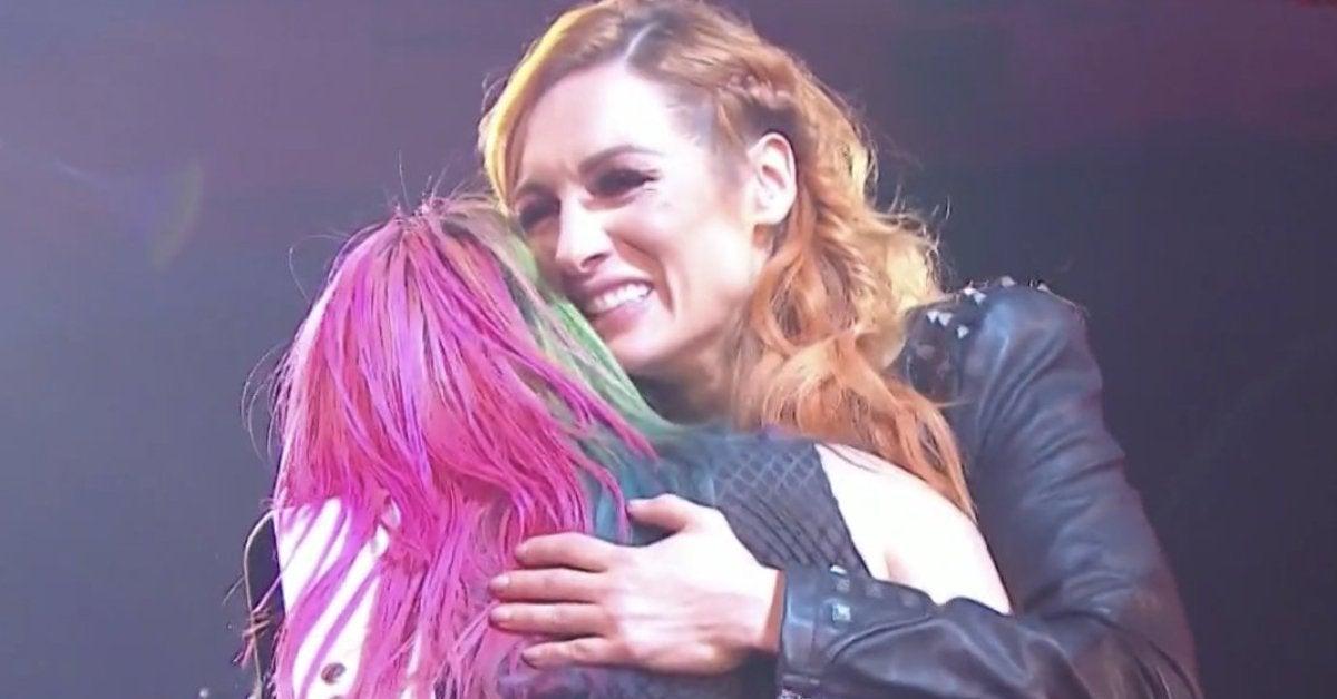 WWE Becky Lynch Pregnant Announcement