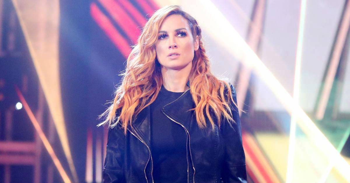 WWE-Becky-Lynch-Pregnant-fans