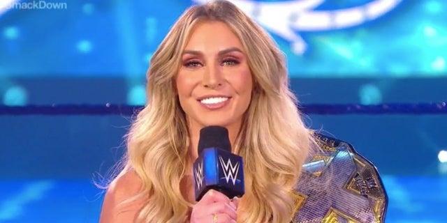 WWE-Charlotte-Flair-SmackDown