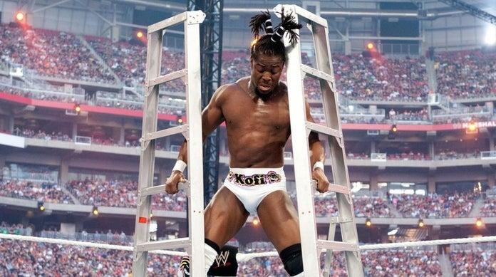 WWE-Kofi-Kingston-Ladder-Match-Stilts