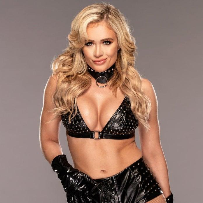 WWE-NXT-Scarlett-Bordeaux-Photoshoot-1