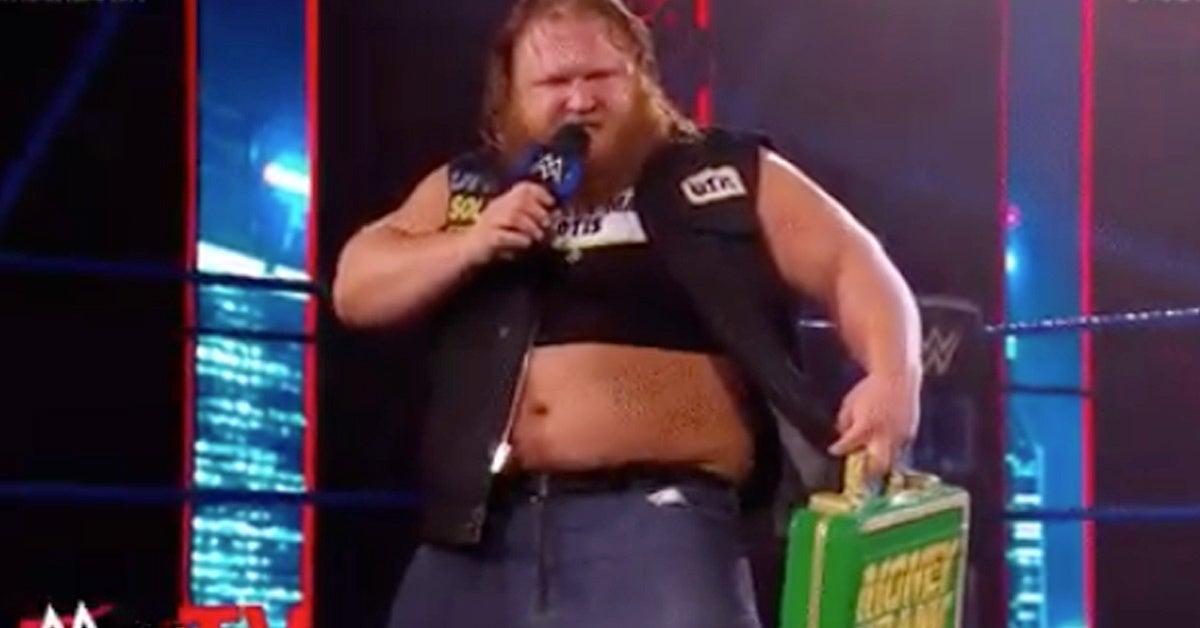 WWE-Otis-Money-In-The-Bank-Win-Miz
