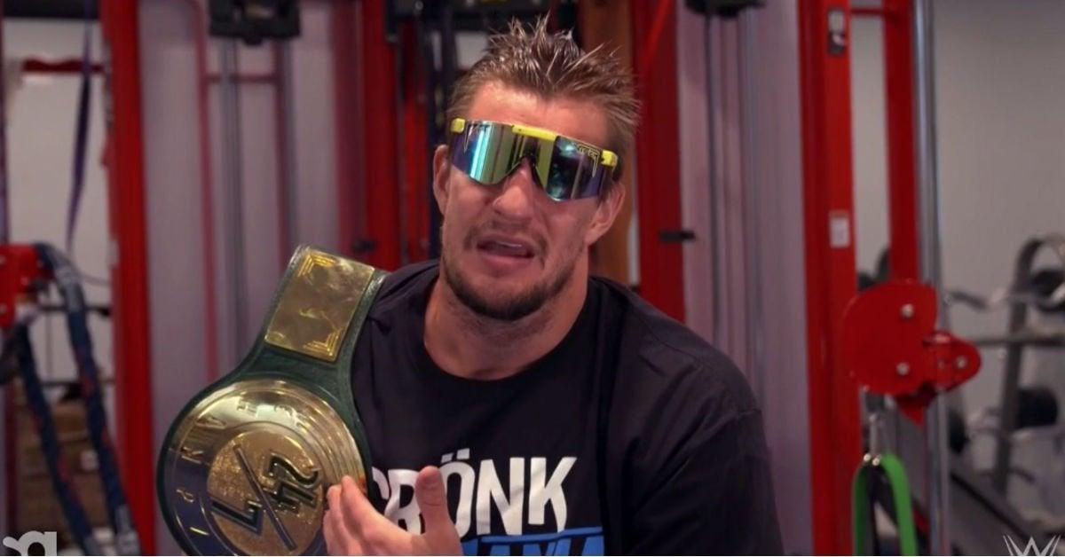 WWE-Rob-Gronkowski-WWE-Raw