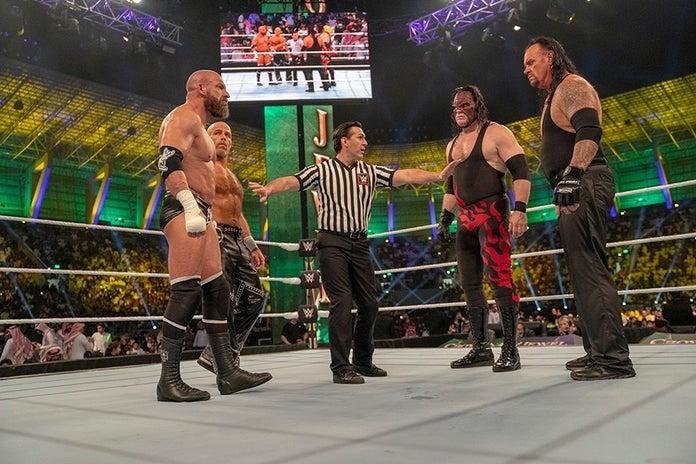 WWE-Undertaker-The-Last-Ride-Chapter-3-3