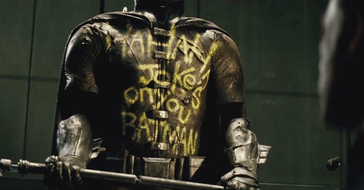 batman v superman robin dick grayson dead