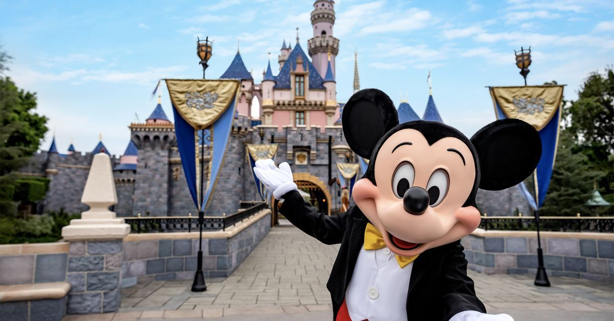 disneyland reopening in july