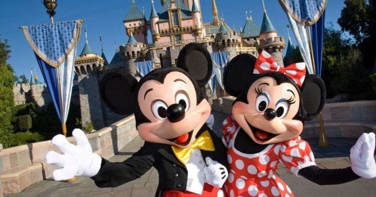 Disneyland Likely to Remain Closed Until 2021 - ComicBook.com