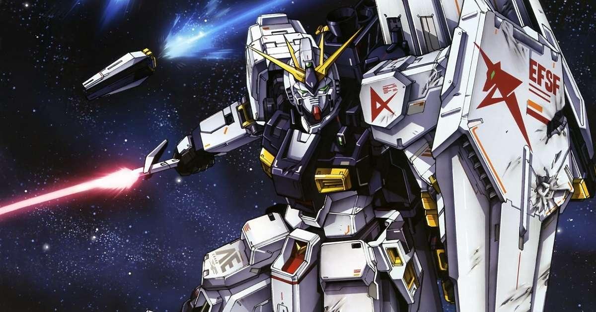 Mobile Suit Gundam Walking Statue
