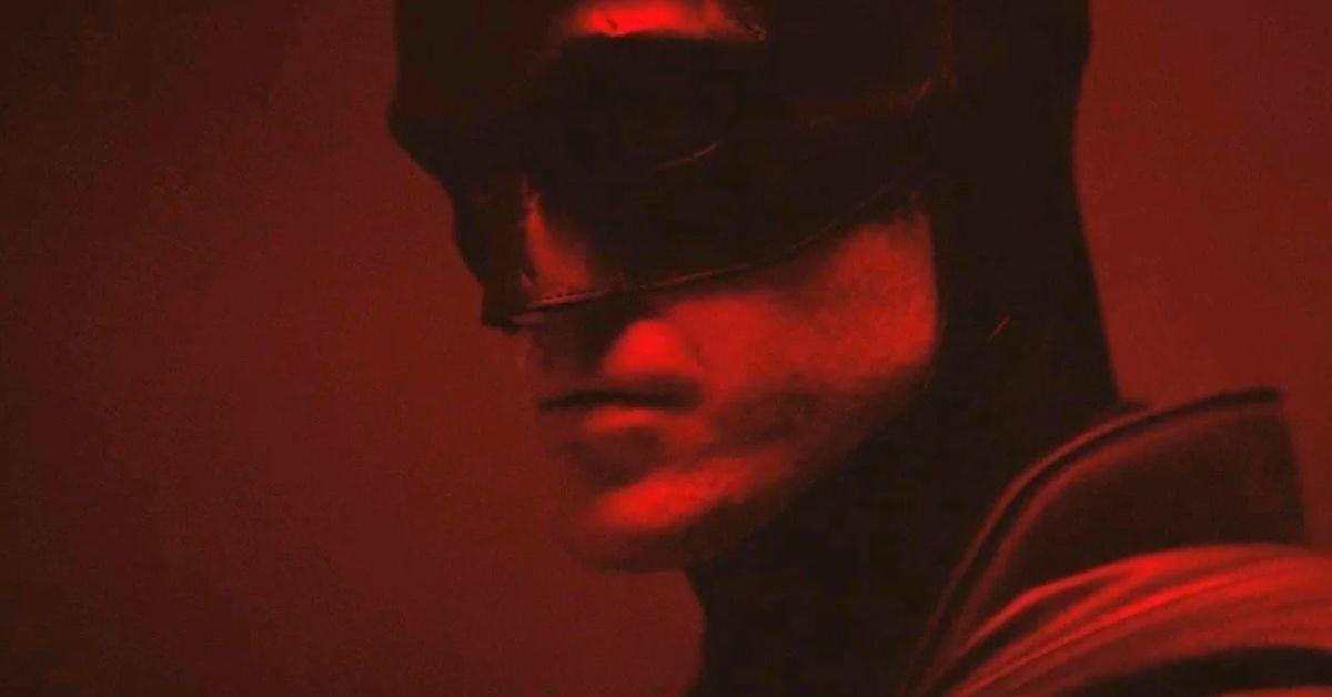 the-batman-actor-peter-sarsgaard-says-robert-pattinson-looks-really-cool