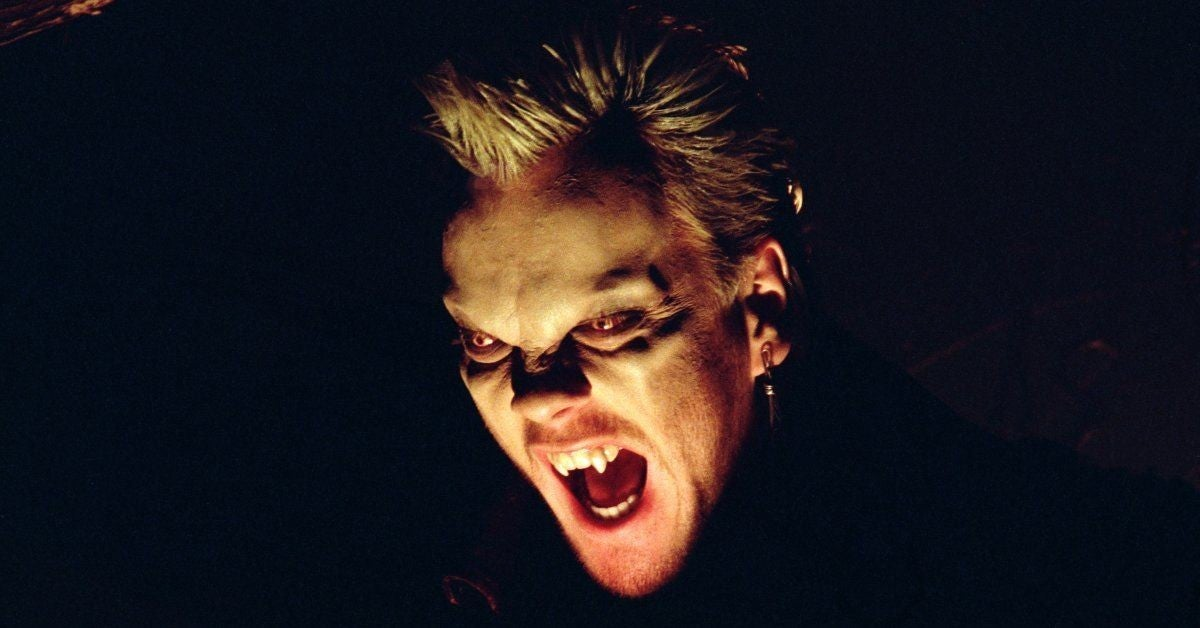 the-lost-boys-star-kiefer-sutherland-pays-tribute-joel-schumacher