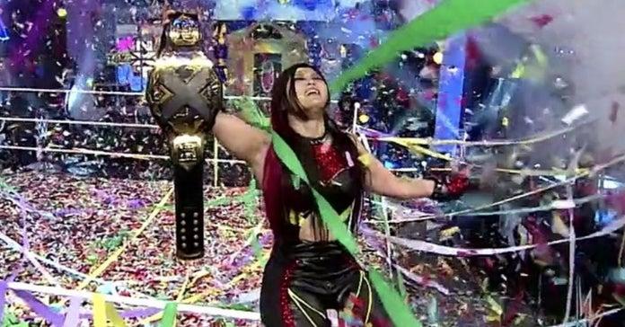 WWE-Io-Shirai-NXT-Womens-Champion