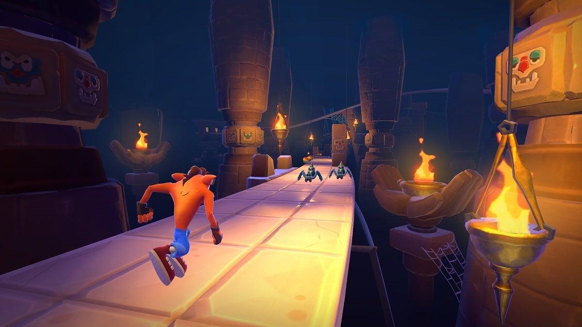 Crash Bandicoot_ On the Run! - Temple Ruins
