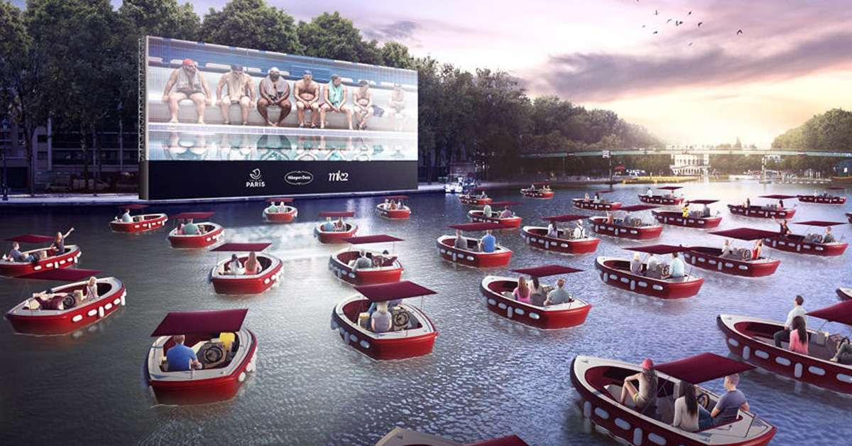 paris-drive-in-boats