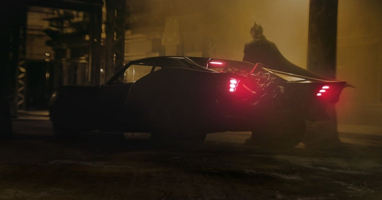 The Batman Cinematographer Says The Film Is About Alfred and Batman
