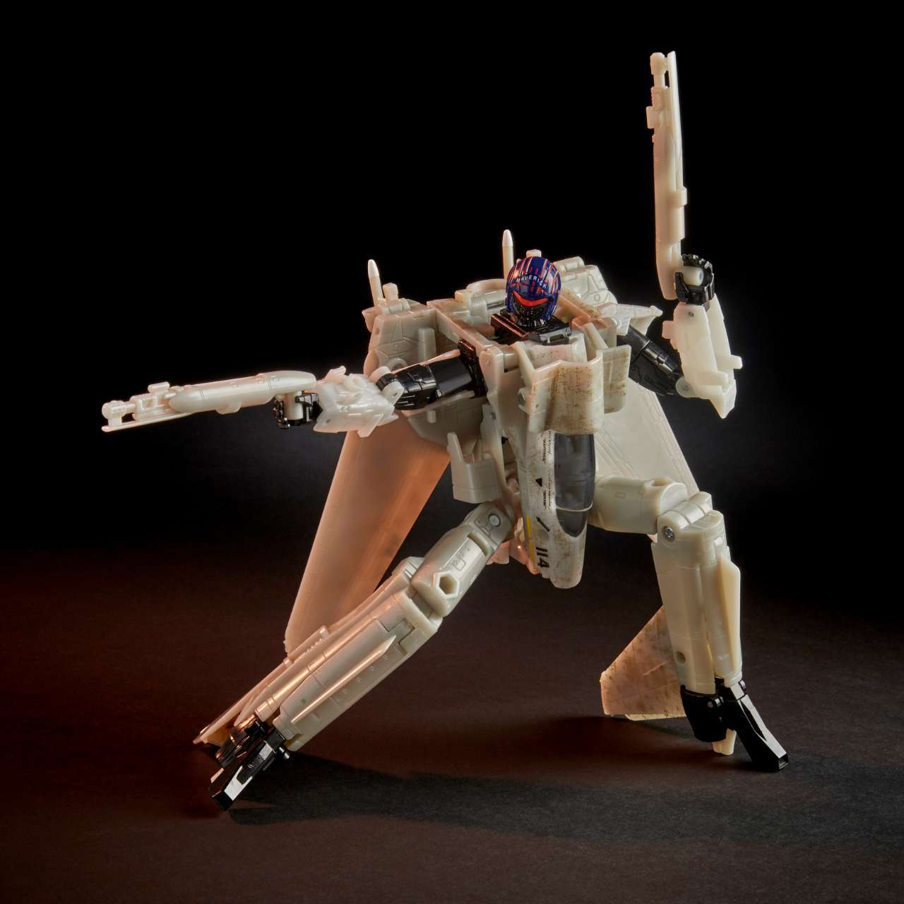 top-gun-transformers-maverickE8544_PROD_TRA_PROJECT_CRUISE_1381 v2