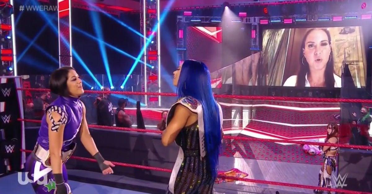 WWE-Raw-Stephanie-McMahon-Sasha-Banks-Asuka