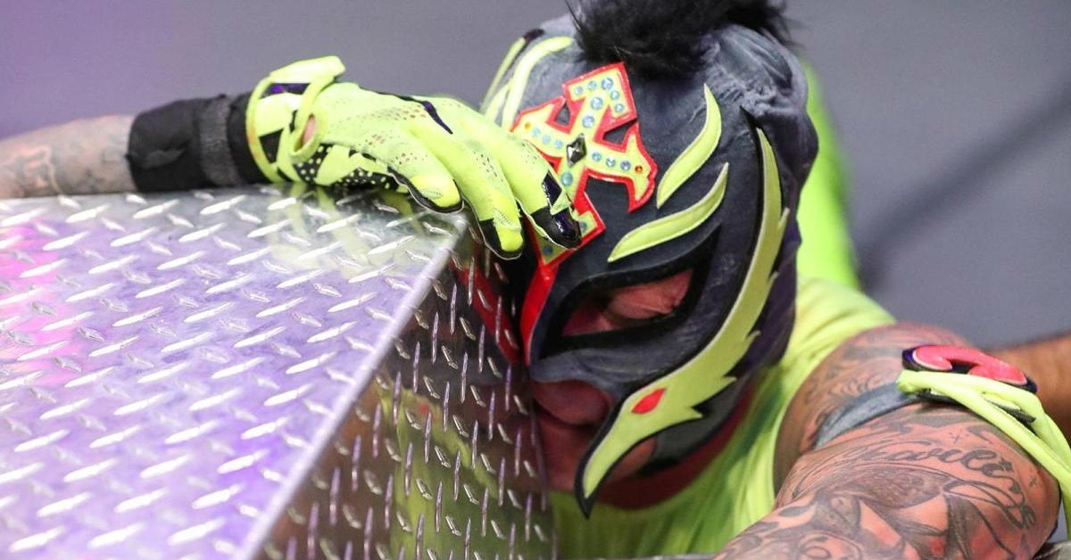 WWE-Rey-Mysterio-Leaving-WWE