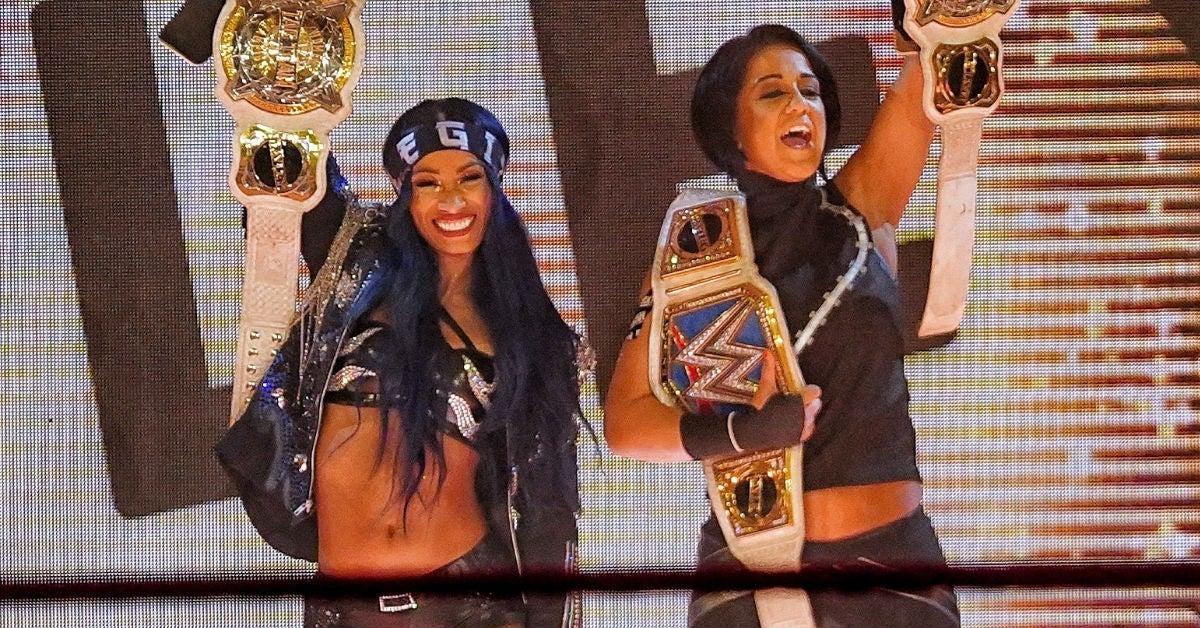 WWE-Sasha-Banks-Bayley