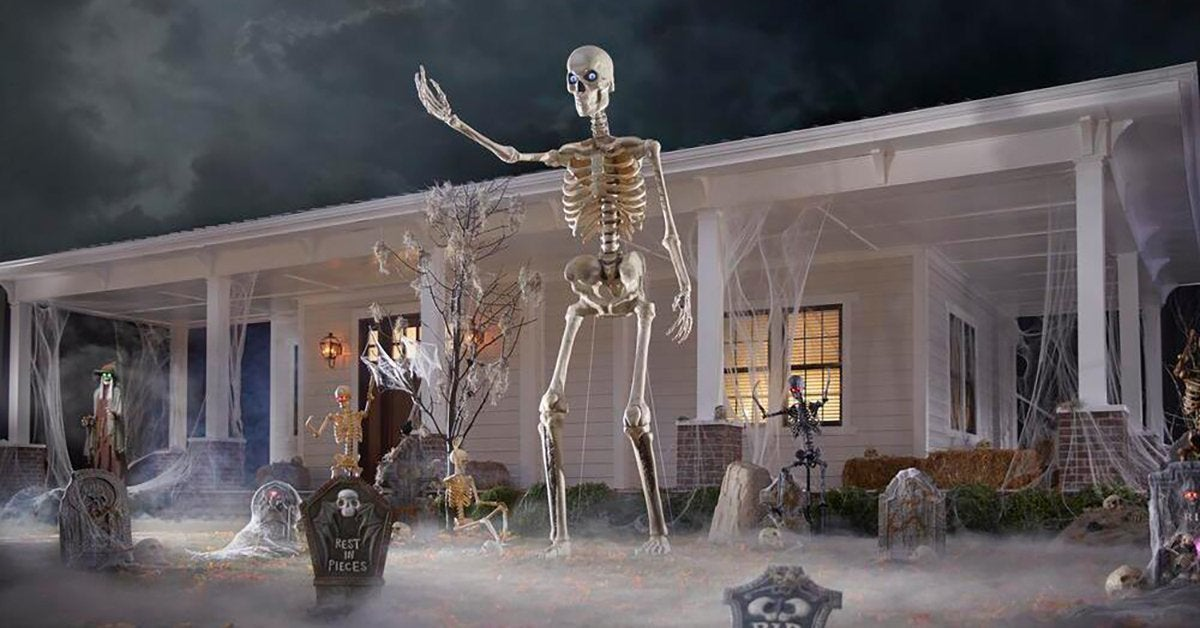12-foot-skeleton-halloween-decoration-2020