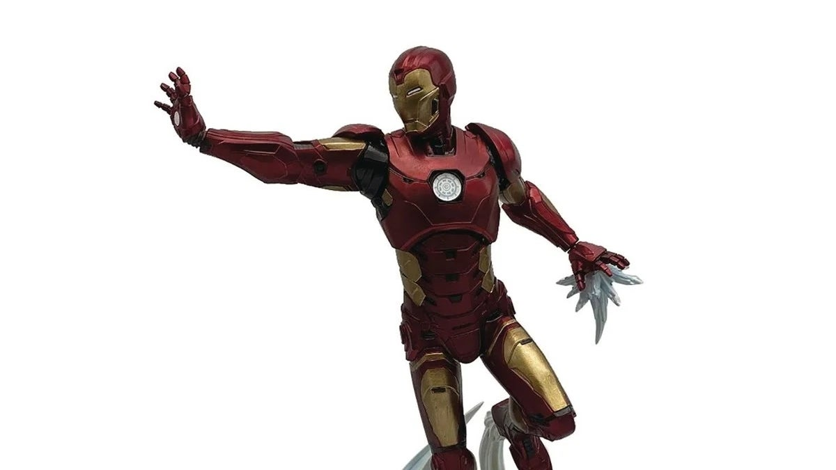 avengers iron man statue new cropped hed